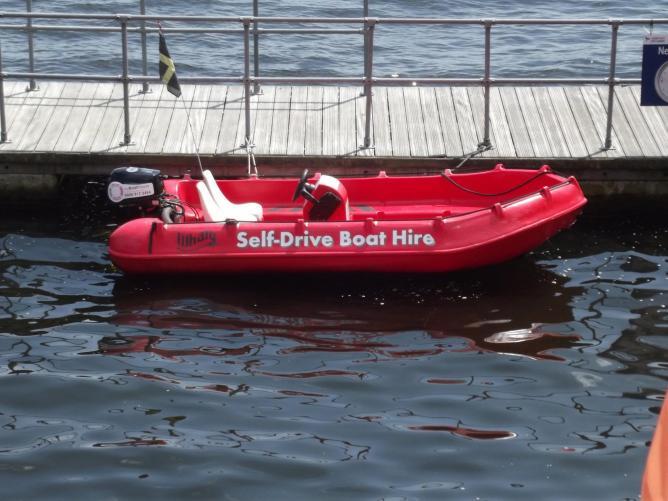 Self Drive Boat Hire