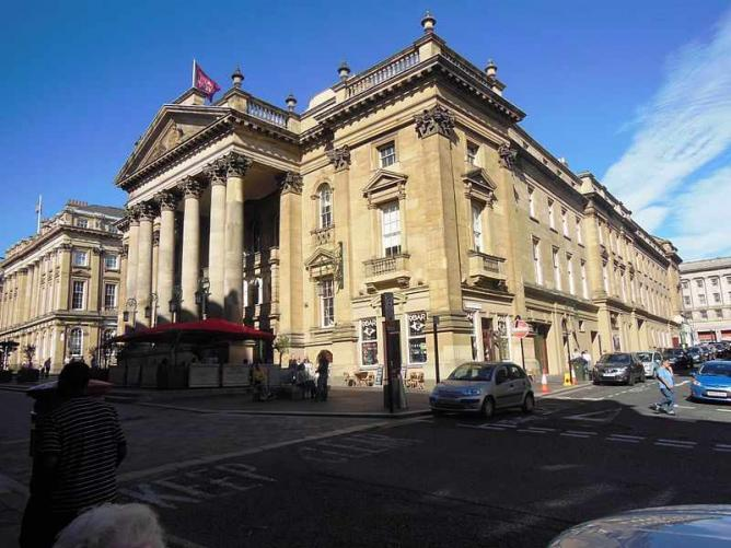 Theatre Royal | © Bill Henderson/Wikicommons