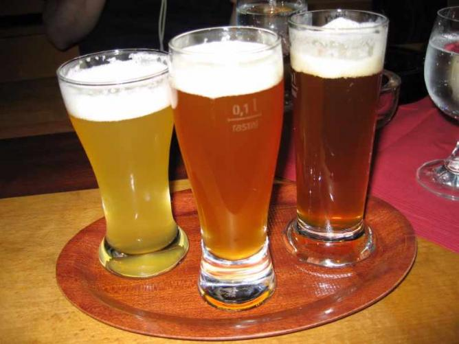 Taster Beers | © Clare Griffiths/Flickr