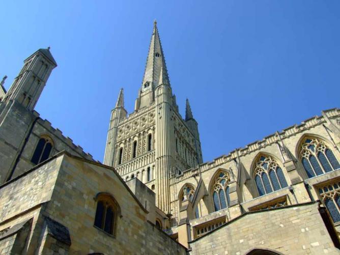 Norwich Cathedral | Ⓒ Denis Barber/Flickr