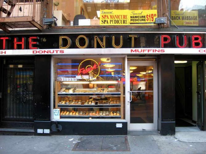 The Donut Pub | © Rudi Riet/Flickr