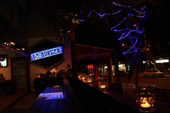 DA'Burger in candlelight | Image courtesy of DA'Burger