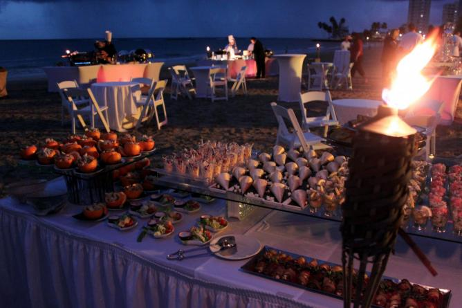 Beach Party at Intercontinental San Juan Resort & Casino | © Prayitno/Flickr