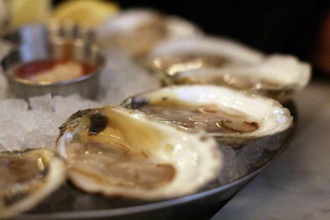 Oysters   ©Jules Morgan/Flickr