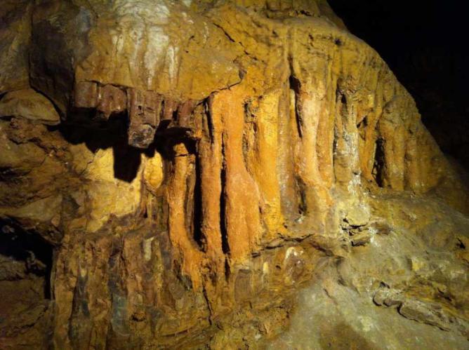 Pálvölgyi caves | Aanjhan Ranganathan/Flickr