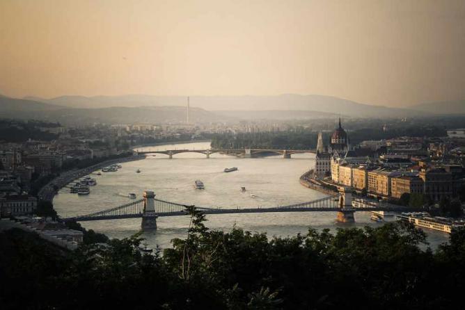 Budapest seen from Gellért Hill | © Jason Halsall/Wikicommons