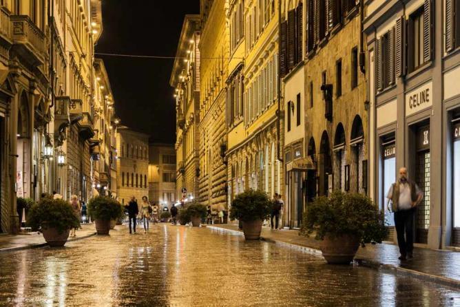 Via dè Tornabuoni // Firenze. Italia | © Julio César Mesa/Flickr