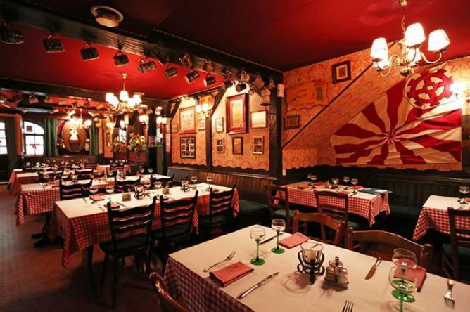 Dining Room | Courtesy of Zum Saüwadala