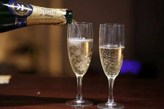 Champagne | © Simon Law/WikiCommons