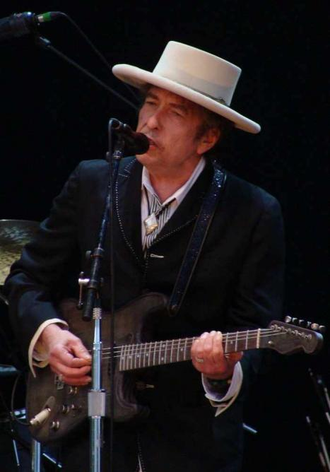 Bob Dylan at the Azkena Rock Festival, 2010 | © Alberto Cabello from Vitoria Gasteiz/WikiCommons