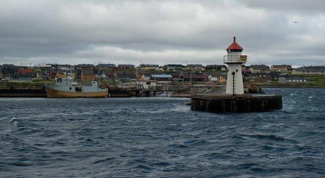 Vardø Harbour | © Fanny Schertzer/Wikicommons