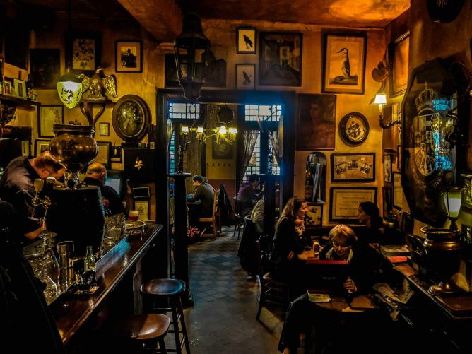 The Best Bars And Restaurants In Brussels For Fall Treats