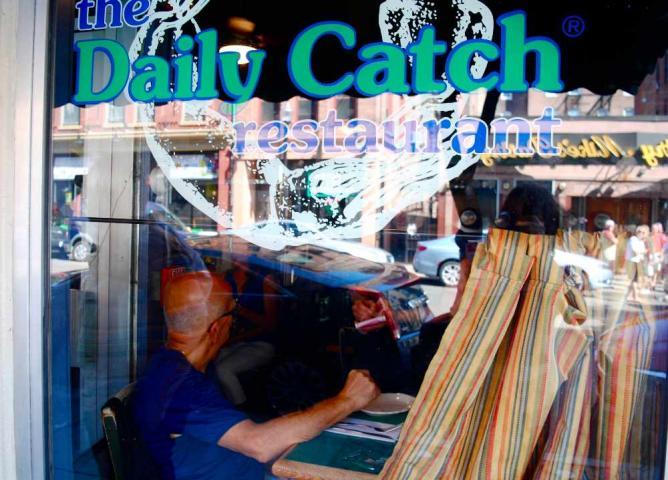 The Daily Catch Store Window | © Alyssa Erspamer