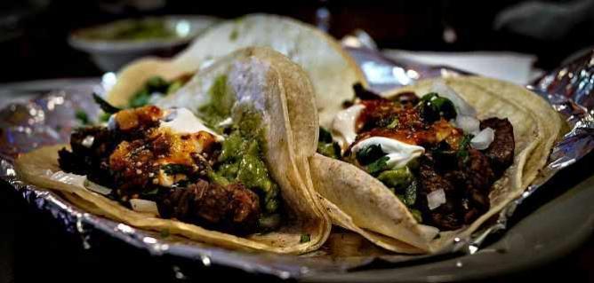 Carne Asada Tacos | © rpavich/Flickr