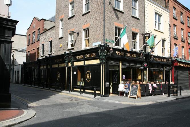 The Duke Pub, the start of the tour