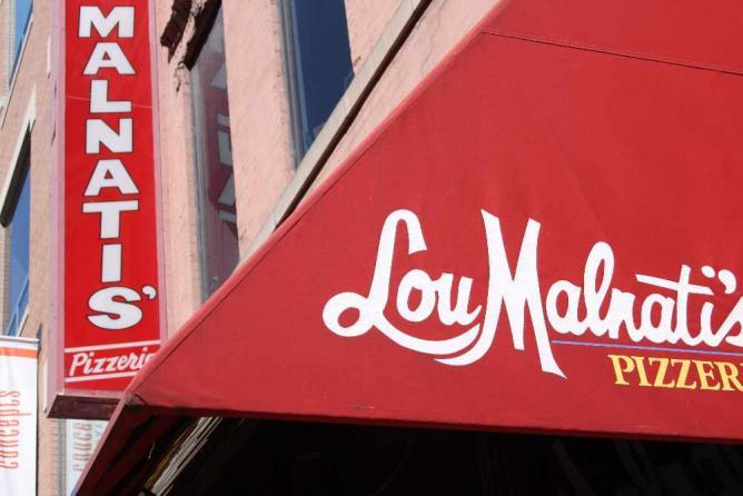 Lou Malnati's | © Raniel Diaz/Flickr