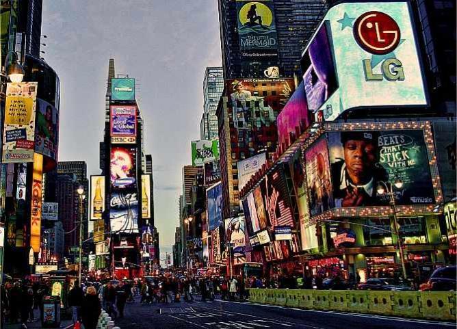 Times Square 2 | © Javier Gutierrez Acedo/Flickr