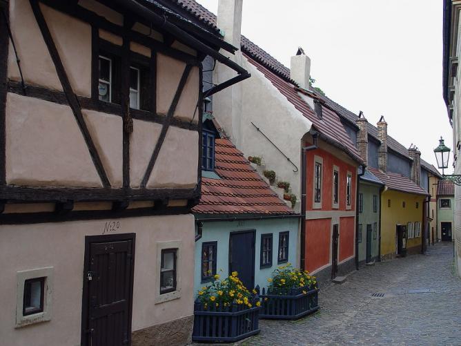 Zlatá ulička, Prague   © Maros M r a z (Maros)/WikiCommons