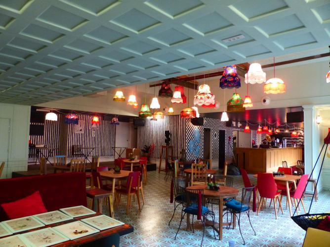 Bar à Bulles I © Courtesy of Bar à bulles