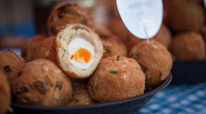 Handmade scotch eggs | © Market Fresh Communications