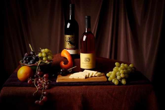wine n cheese   © Karen Camacho/Flickr