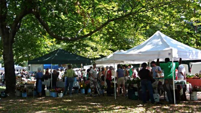 The Clark Park Farmers' Market is great for finding fresh produce and Amish baked goods.