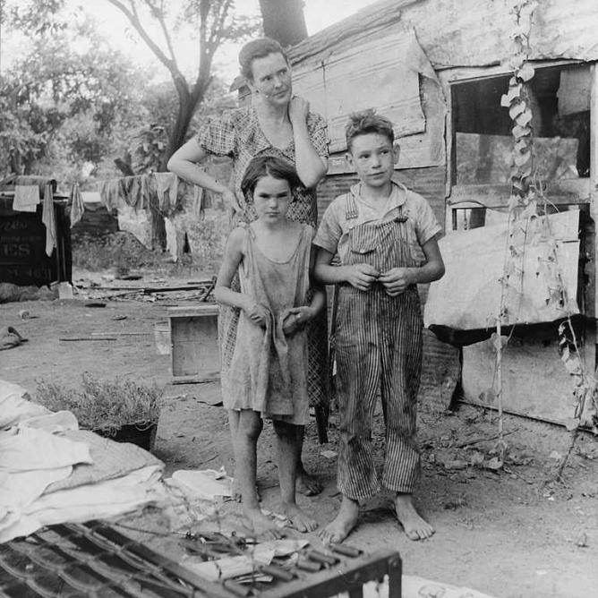 Poor mother and children, 1936, Elm Grove, Oklahoma County, OK | © Dorothea Lange/WikiCommons