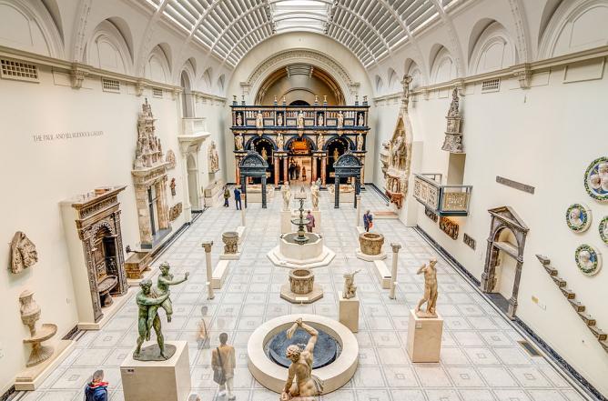 Inside the V&A Museum | © BRENAC/WikiCommons