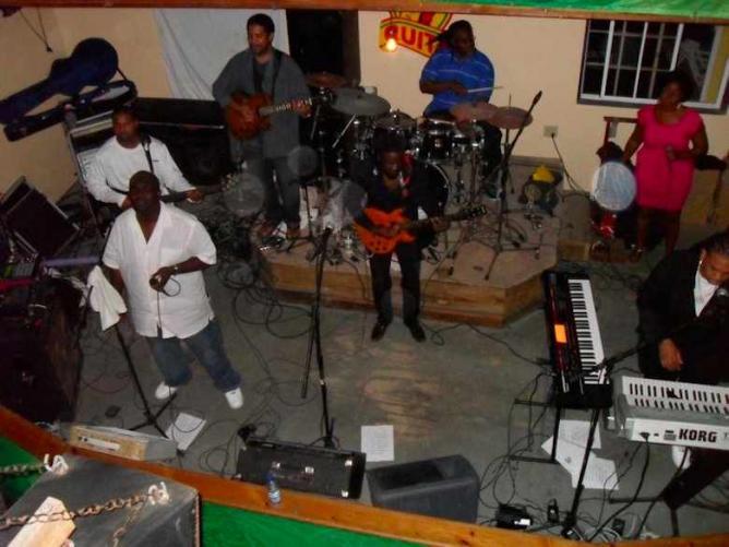 Quito's live reggae music