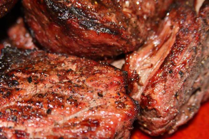 Steak | ©  shaynabright/Flickr