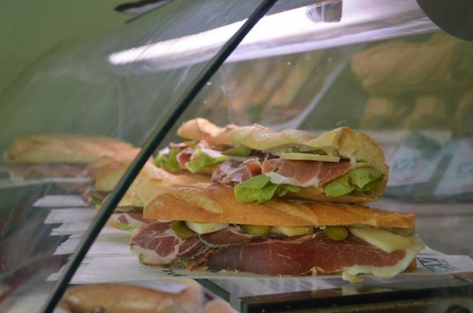 Sandwiches   Courtesy of Bar de la Haute Ville