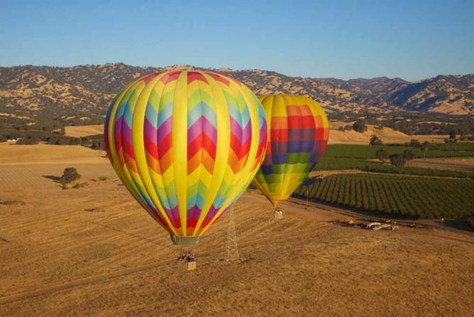 Hot Air Balloon Ride | © C.C. Chapman/Flickr