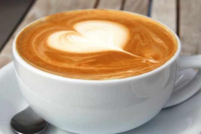 heart latte | © Gail/Flickr