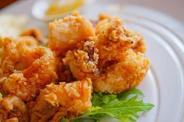 Fried Calamari   © Hideya HAMANO/Flickr