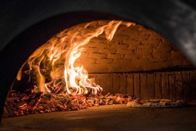 California Pizza Kitchen Fresno Airport