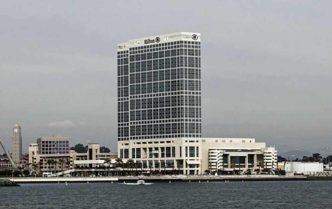 Hilton San Diego Bayfront | © Bernard Gagnon/WikiCommons