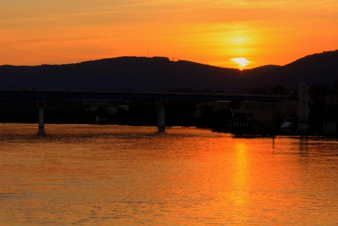 © A Chattanooga Sunset I  Brent Moore/Flickr