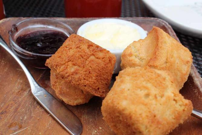 Sweet Corn Muffins Rosebud | © Rachel Chapdelaine/Flickr
