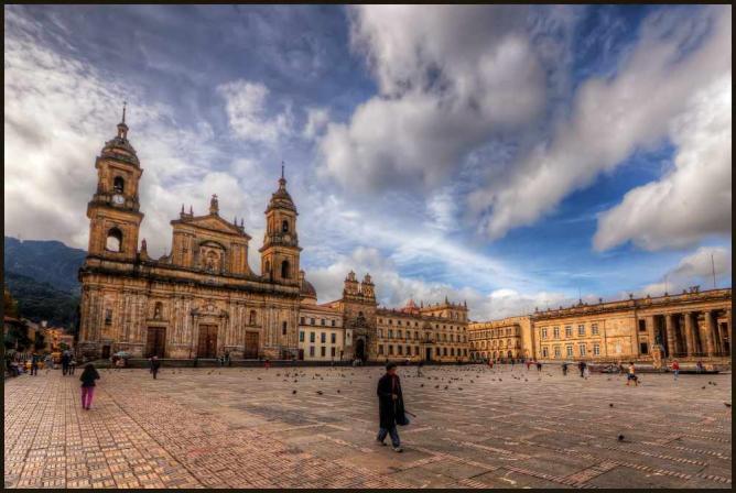 Plaza Bolívar|©Pedro Szekely/Flickr