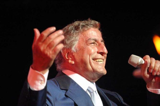 Tony Bennett in 2003