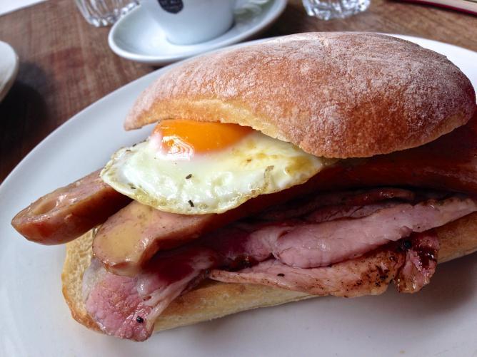 Bacon sandwich | © Katherine Lim/Flickr