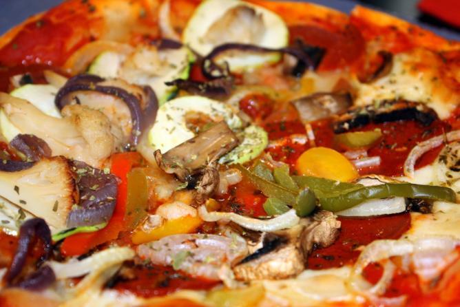 Vegetarian Pizza   © Brocco/Flickr