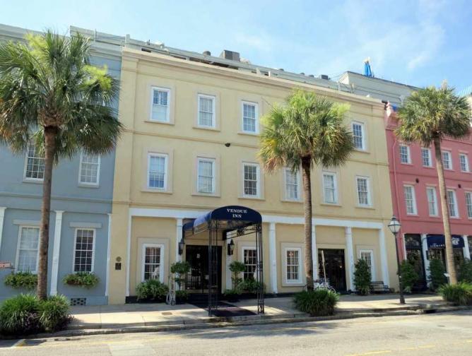 The Vendue Inn