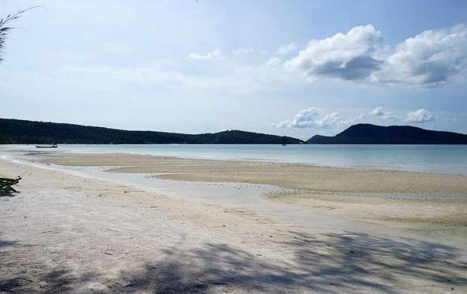 Saracen Bay panoramic view koh rong sanloem cambodia | © Wikirictor/WikiCommons
