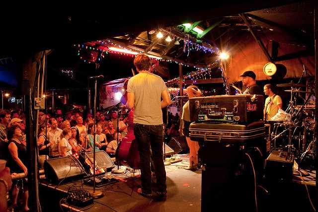 Live at Skipper's Smokehouse