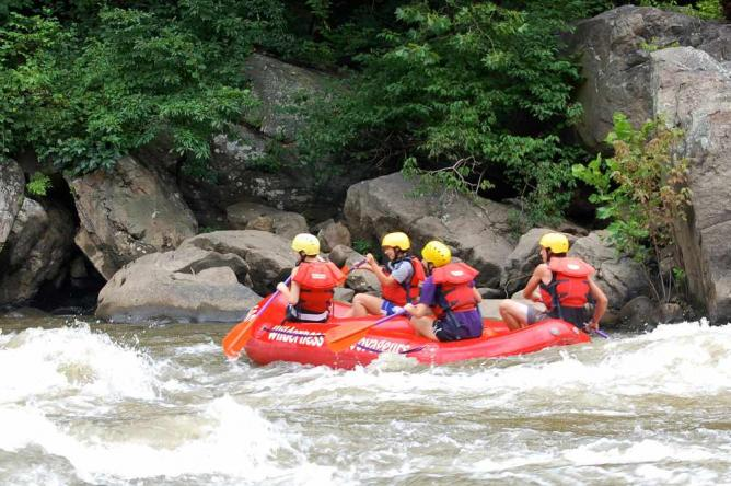 Adventure Camp - Whitewater Rafting | © Laurelville Mennonite Church Center/Flickr