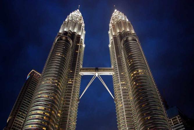 Petronas Twin Towers l © Gavin Firkser/Fliker