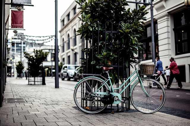 Hipster Transportation Vehicle | © Daniel Lee/Flickr