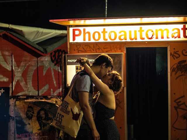 Kissing | © Sascha Kohlmann/Flickr