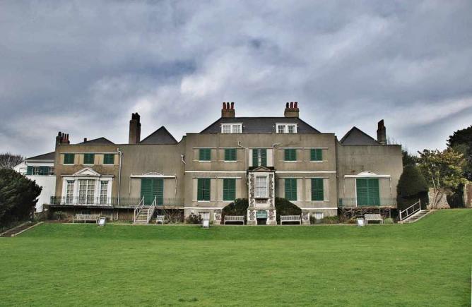 Preston Manor | © Paul/Flickr